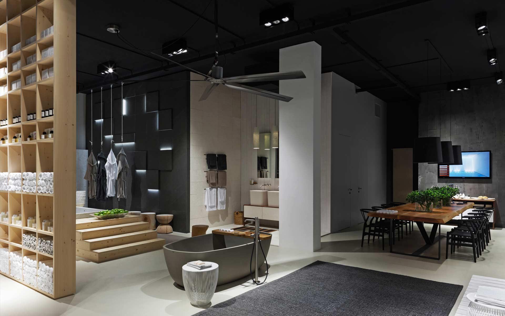 2014 Flagship Store Neutra Milano
