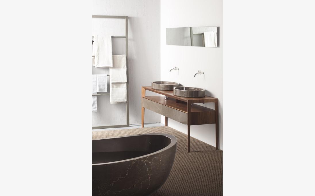 Bathroom Neutra Royal Brown