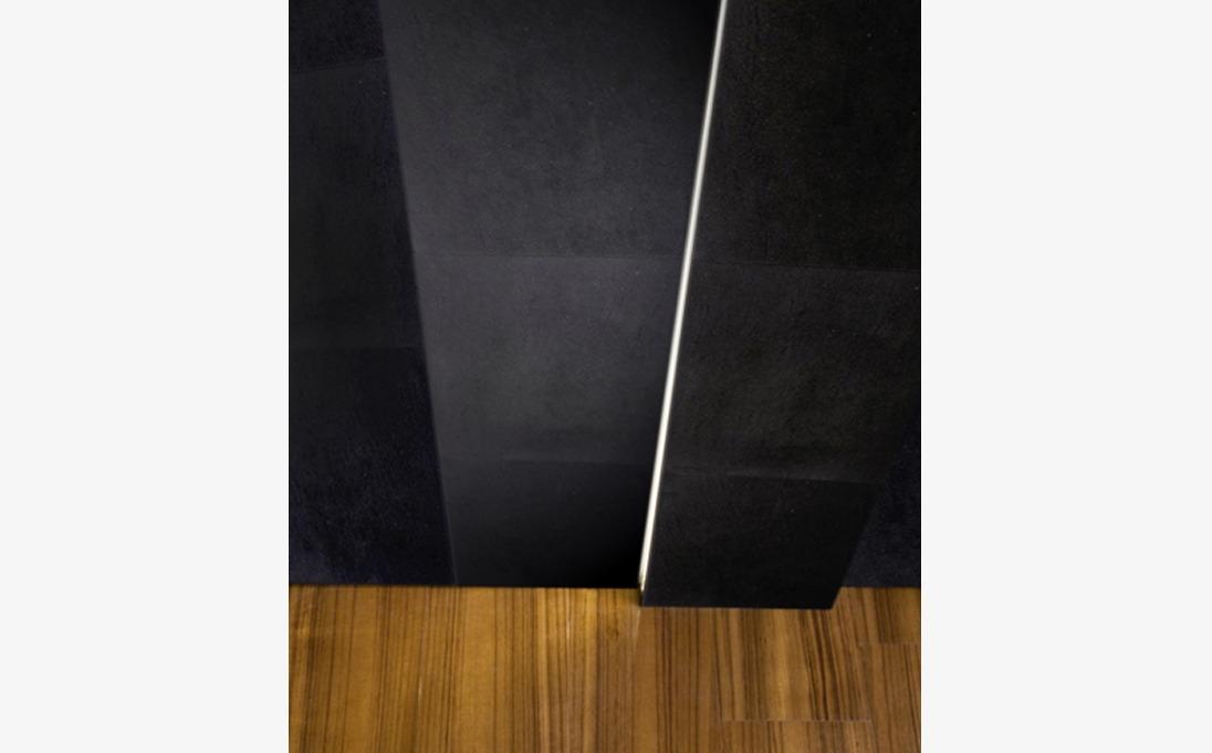 Rivestimento Augmented Texture serie Plain Led, pietra Black Rock, formato 50x50 cm/25x100 cm