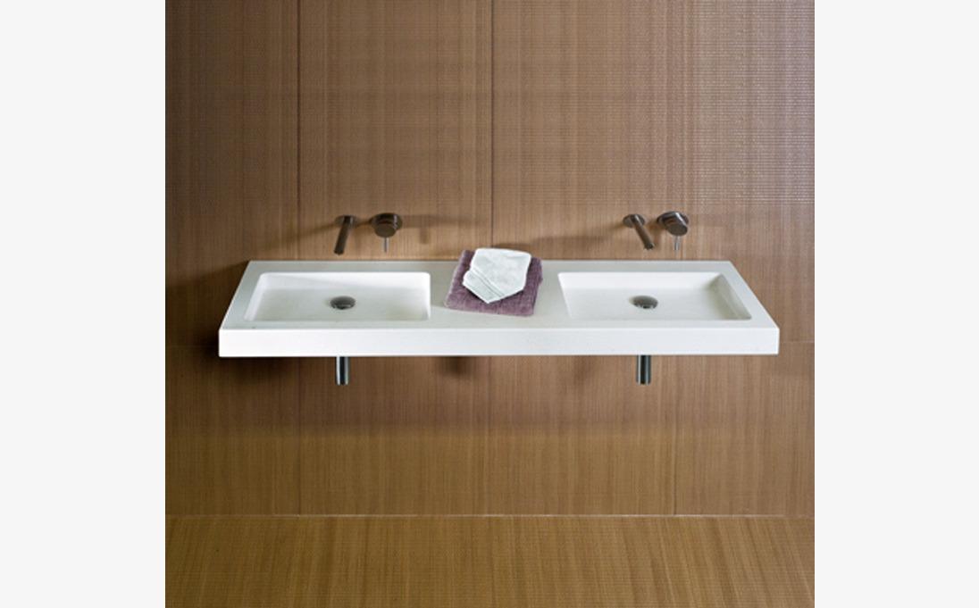 Lavabo a parete Square Tailor, marmo Bianco Carrara