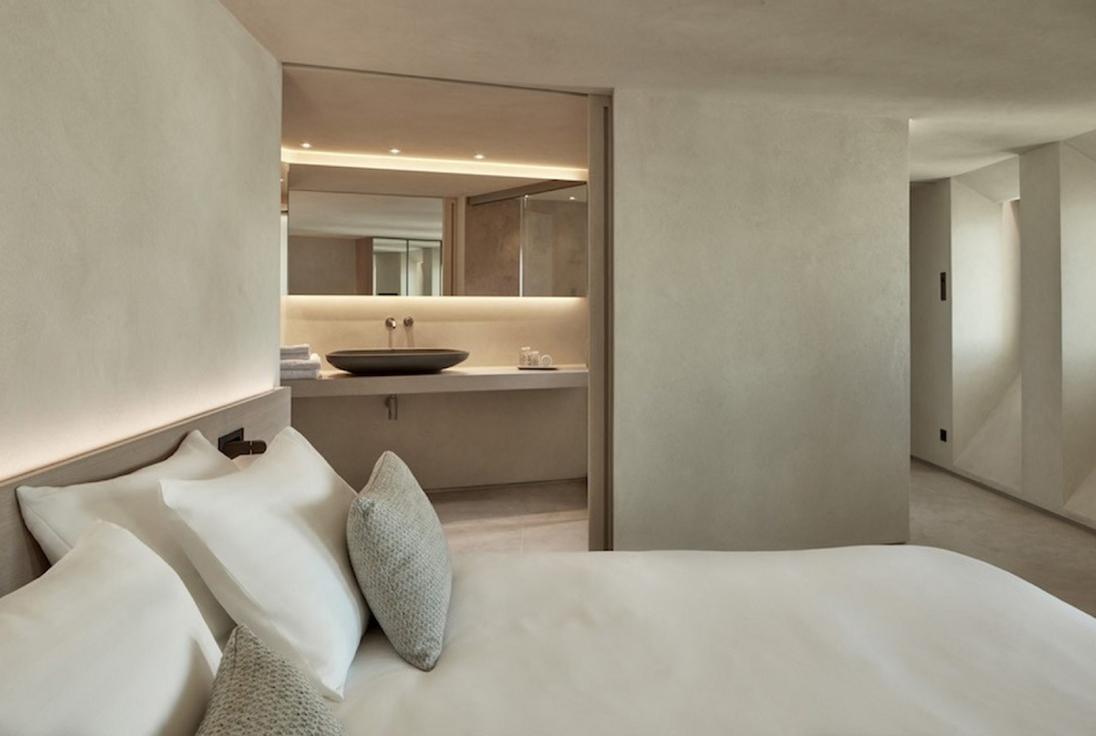Bordeaux Villa suites Santorini