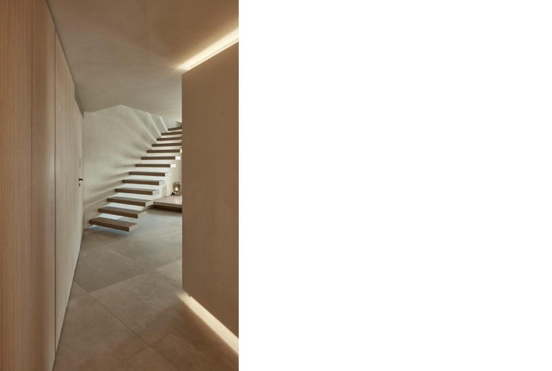 Neutra Project Santorini Villa