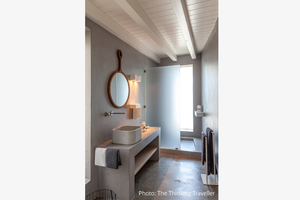 Neutra Contract 2019 Greece Bathroom